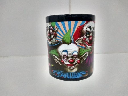 Caneca Filme Killer Klowns From Outer Space Lado B-Killer Klowns-