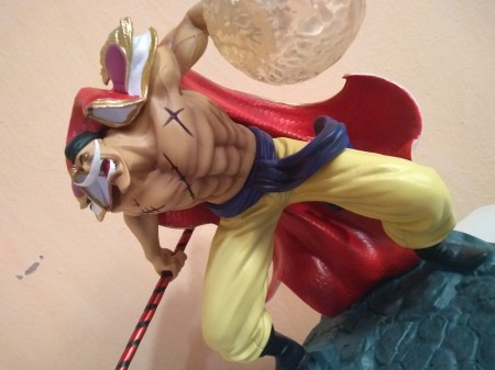 Action Figures Estatueta Barba Branca One Piece-One Piece-