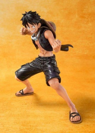 Action Figures Figuartszero - One Piece Film: Gold - Monkey D. Luffy - Bandai-One Piece-