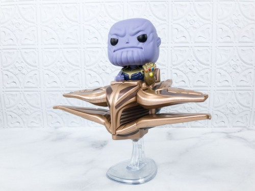 Funko Pop - Vingadores: Thanos With Sanctuary 2 (exclusivo Collector Corps)-Vingadores - Guerra Infinita-303
