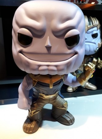 Funko Pop Thanos With Manopla-Marvel Avengers-308